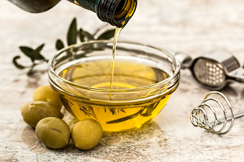 Olive oil at your italian restaurant montreal